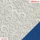 Koženka DSOFT 008 - Ornamenty na světle šedé, kombinace s koženkou SOFT LESK 105 modrou