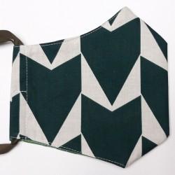 Rouška třívrstvá s kapsičkou - Plátno - MEGA Šipky zelené na bílé