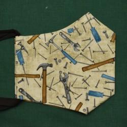 Rouška třívrstvá s kapsičkou - USA plátno - Hřebíky a kladívka na smetanové